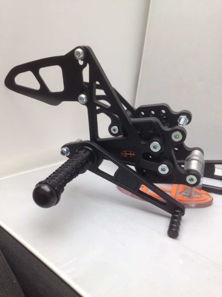 Adjustable Rearsets - Honda CBR600RR (03-06) & CBR1000RR (04-07) Race Shift.  RSH006-R.